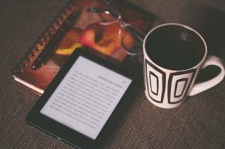 Kindle-1245899_640