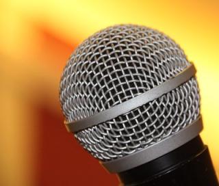 Microphone-1687639__340
