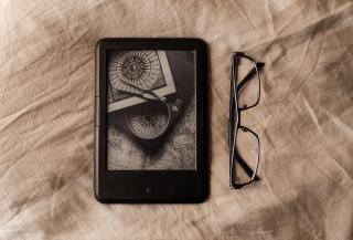 Book-1872570_1920