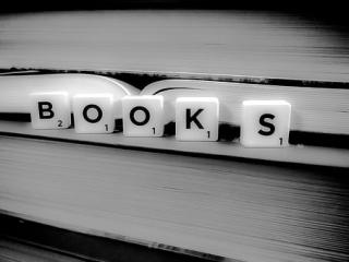 Books-1878118__340